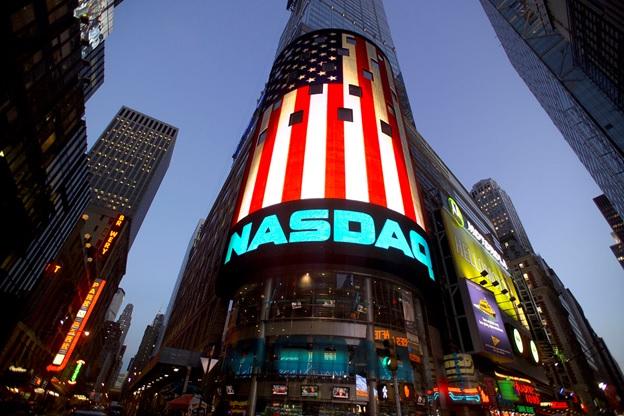 Появились фондовые индексы в результате необходимости быстро оценивать ситуацию в определенной отрасли или стране.