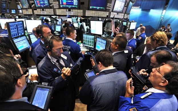 Паника на бирже считается довольно распространённым явлением, однако не все участники рынка находят выход из этой сложной и рискованной ситуации.