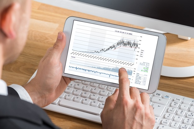 Начинающий трейдер обычно совершает много промахов ввиду непонимания рыночных процессов.